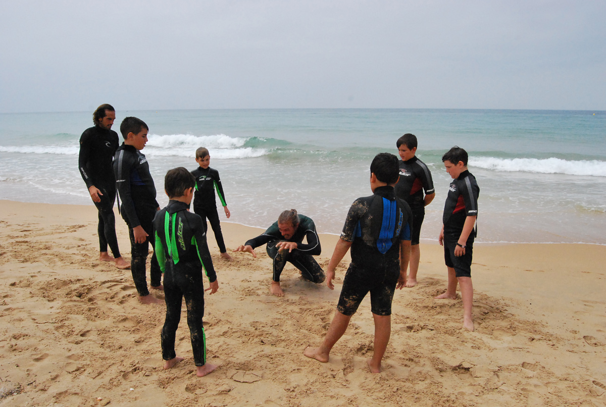 Surfing Lessons in El Palmar Beach (Andalusia, Spain)