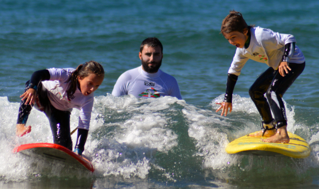 Learn to Surf in Bakio (Basque Country)