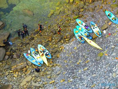 Smuggler's Cove kayak or big SUP tour in Barrika Flysch (Basque country, Spain)